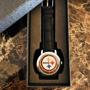 Accessories - 🆕 Pittsburgh Steelers Watch With Box
